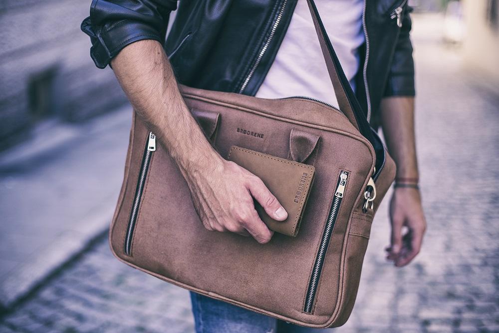 Męskie torby na ramę - jaką wybrać do pracy Pytamy stylistę z Gentle-Man.pl