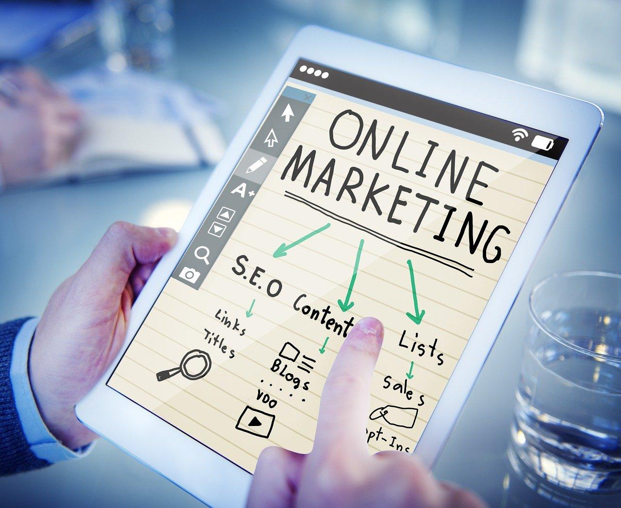 Jakie kursy marketingowe warto zrobić